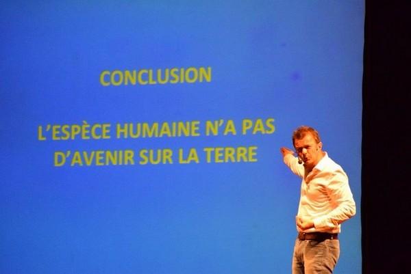 conference-theatre-EDN-014