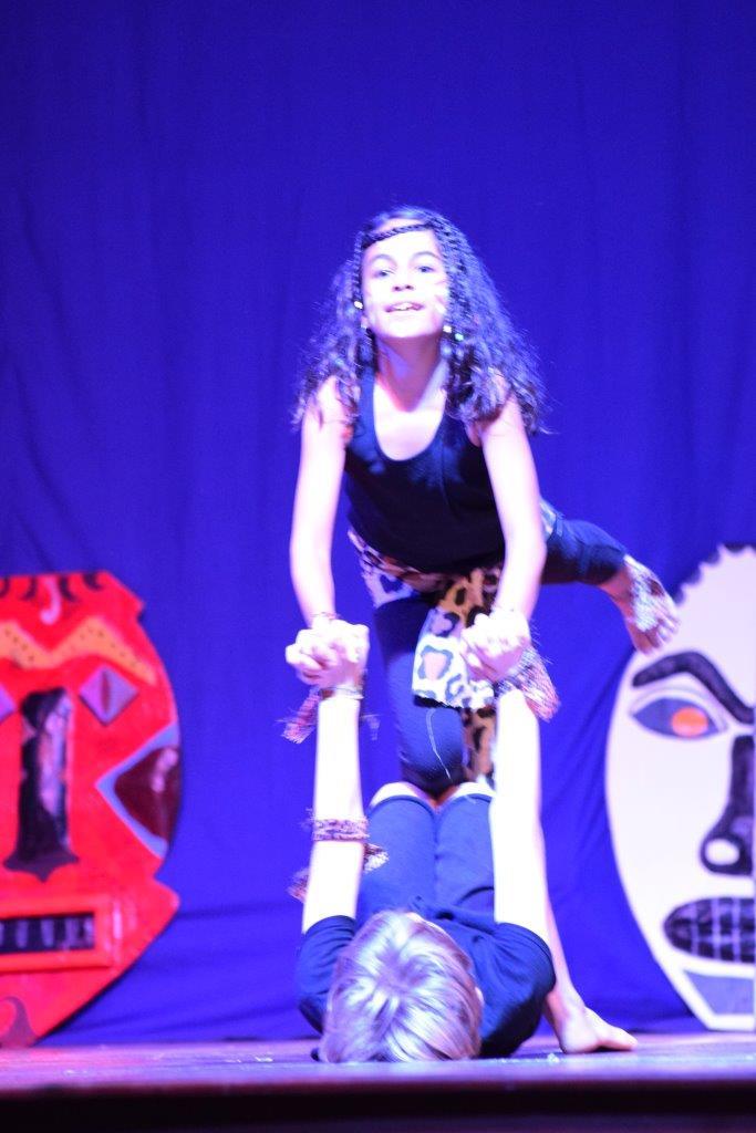 2017-06-spectacle-ce2-afrique (14)