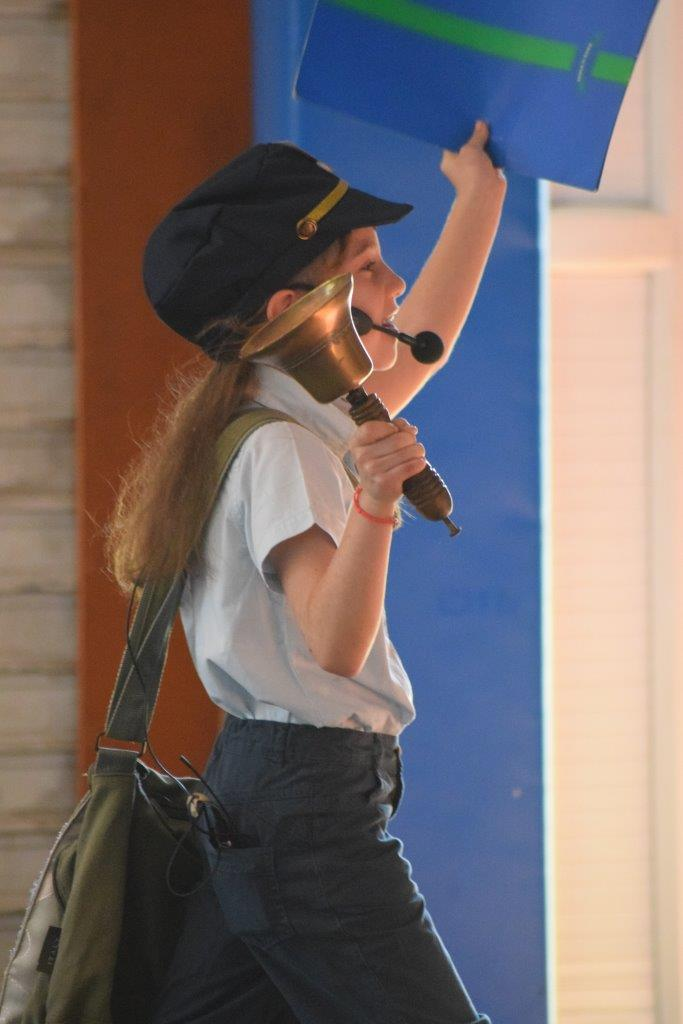 2017-06-spectacle-ce1e-princesse-alagomme (12)