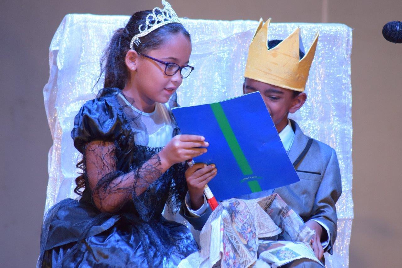 2017-06-spectacle-ce1e-princesse-alagomme (14)
