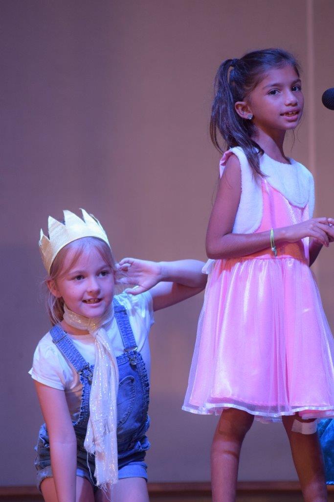 2017-06-spectacle-ce1e-princesse-alagomme (39)