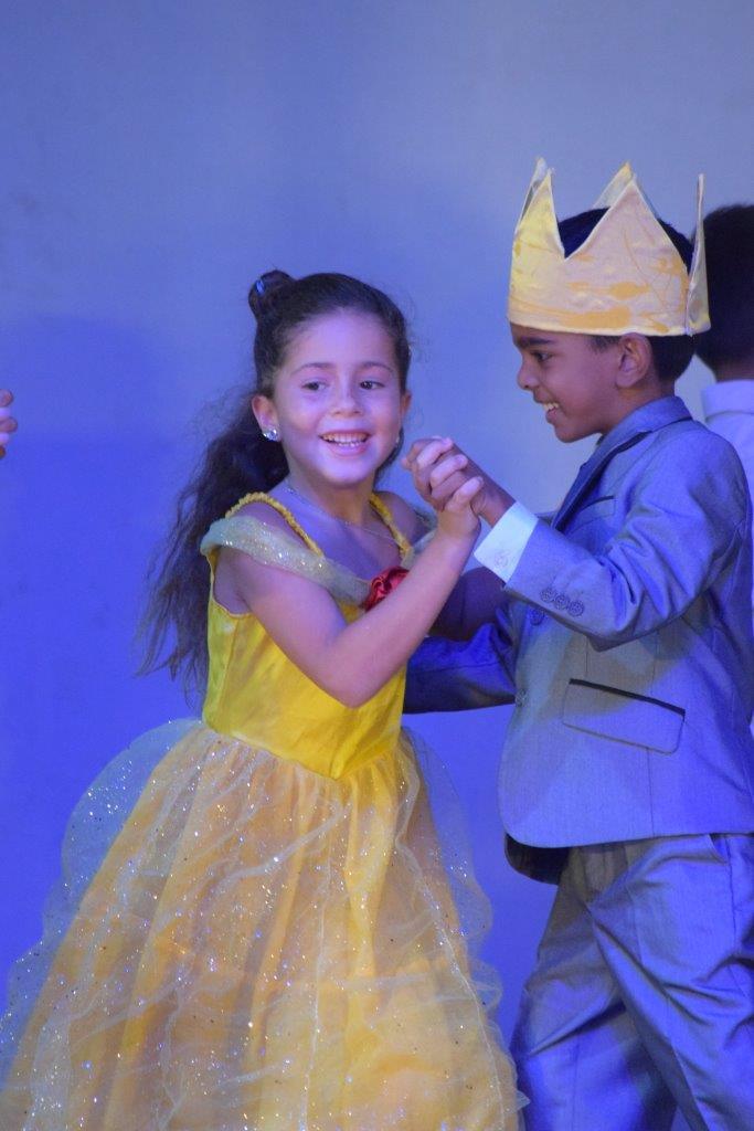 2017-06-spectacle-ce1e-princesse-alagomme (43)