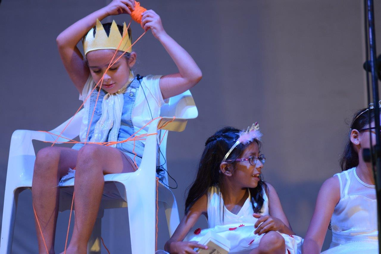 2017-06-spectacle-ce1e-princesse-alagomme (45)