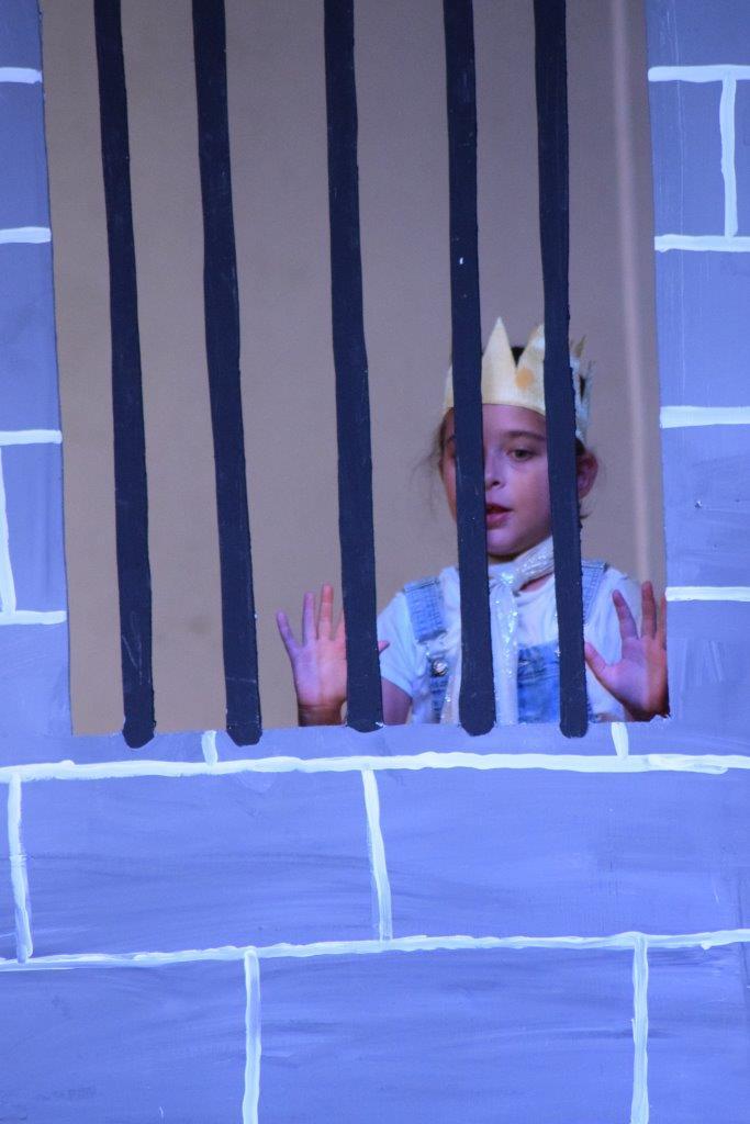 2017-06-spectacle-ce1e-princesse-alagomme (50)