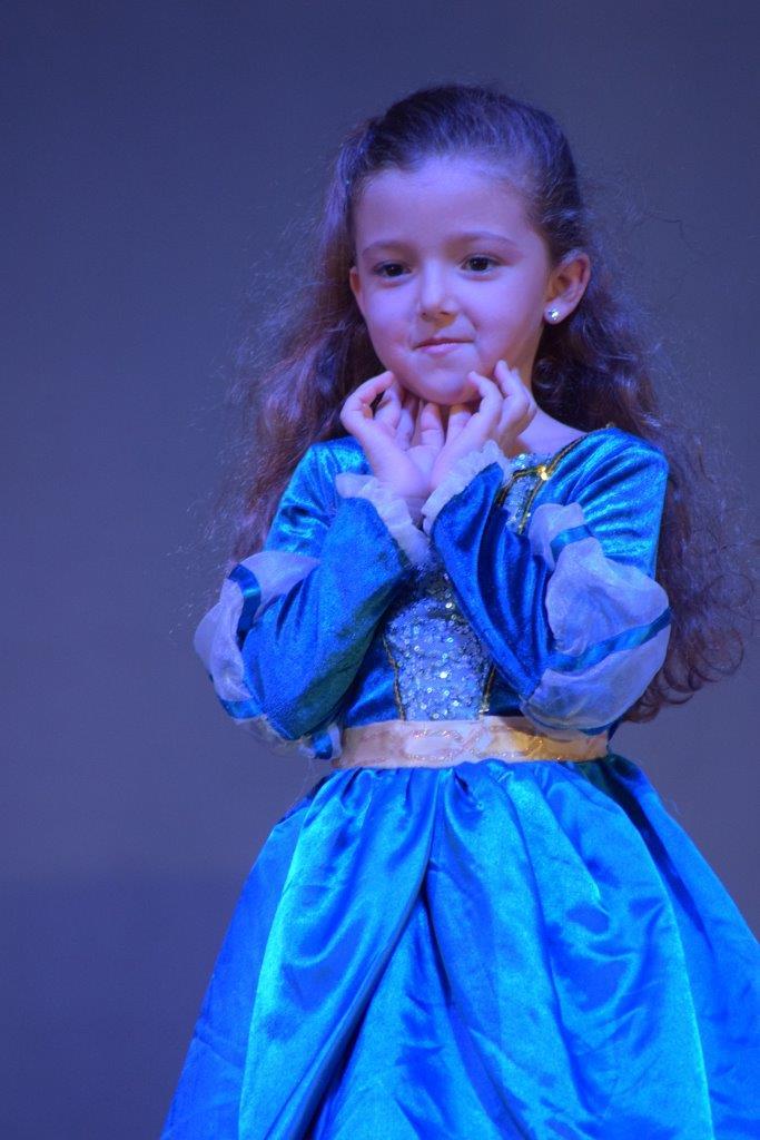 2017-06-spectacle-ce1e-princesse-alagomme (54)