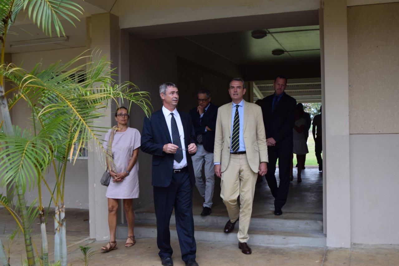 17-11 visite ambassadeur (6)