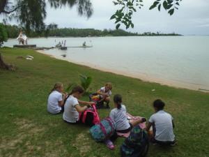 18-04-CM2C-KAYAK-picnic (1)