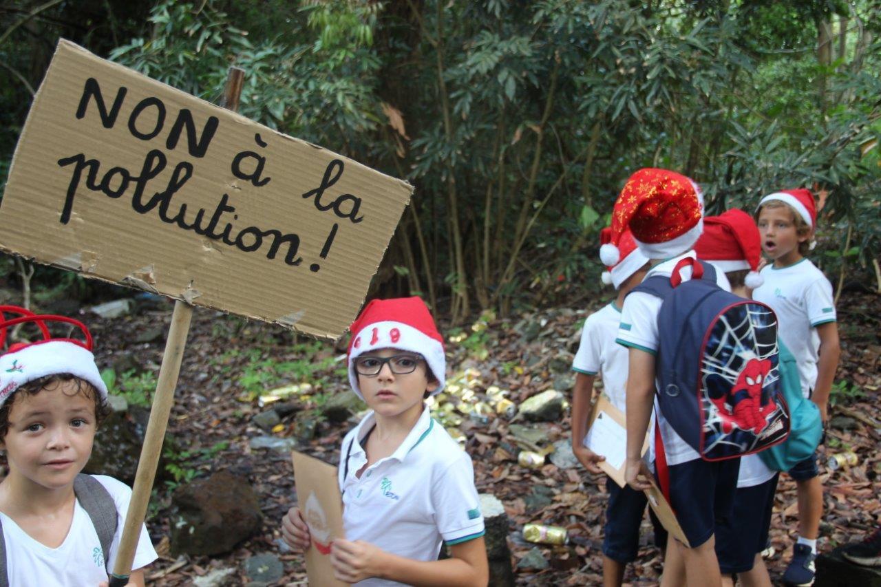 2018-non-a-la-polution-bonnets-rouges (11)