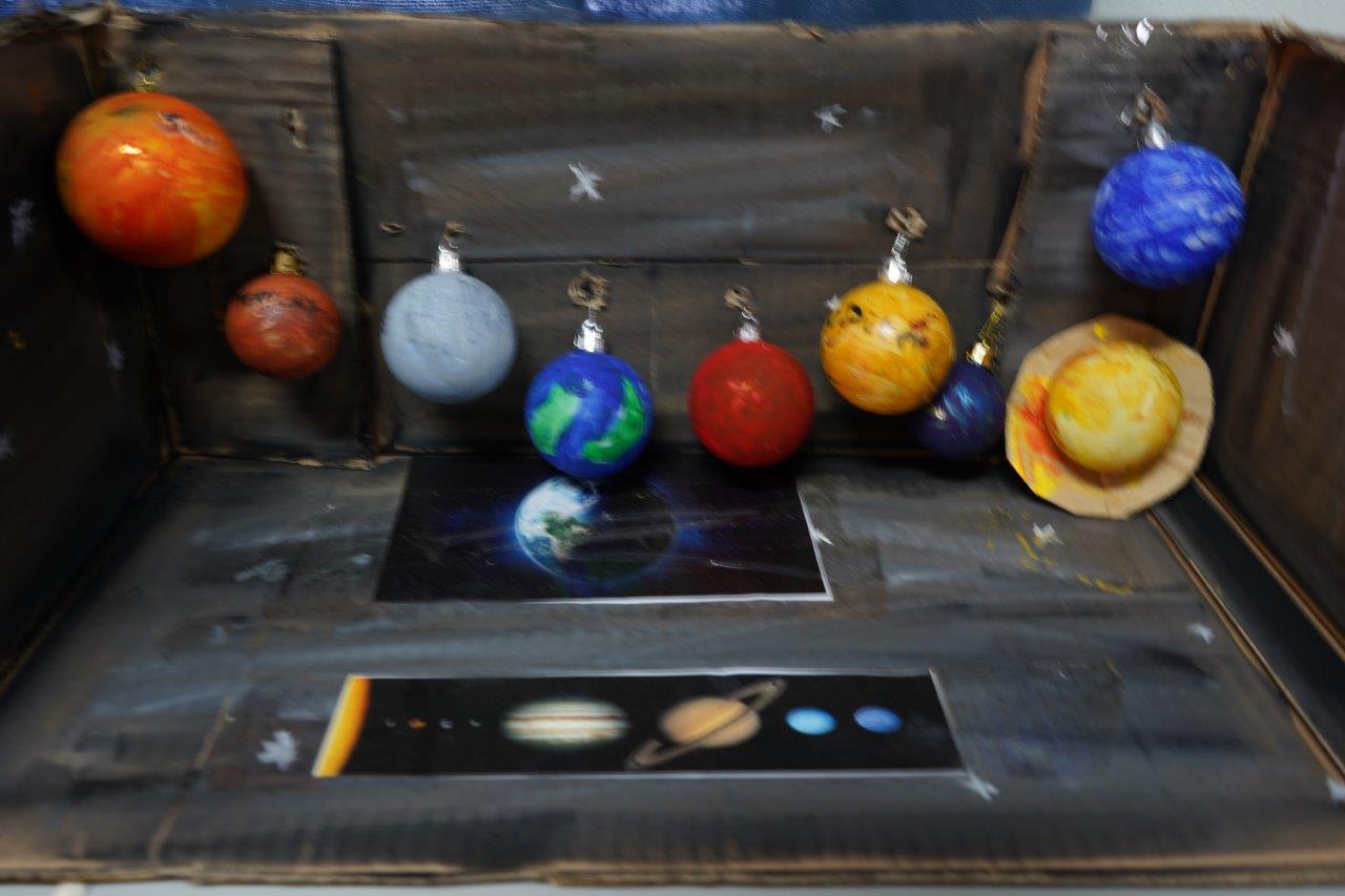 2019-exposition La representation de la Terre vue par les enfants (10)