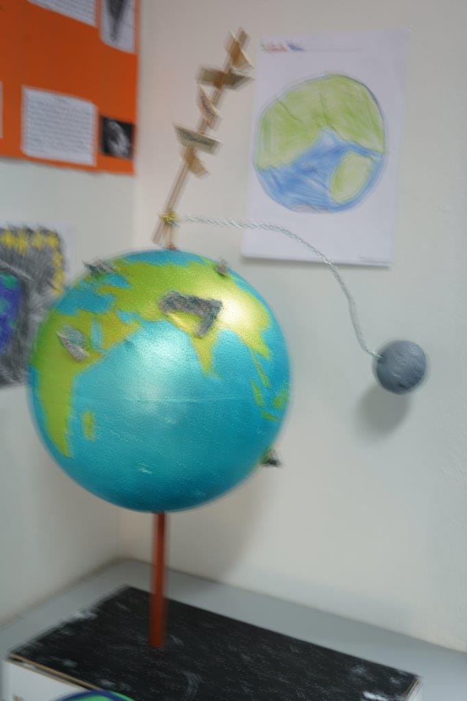 2019-exposition La representation de la Terre vue par les enfants (15)