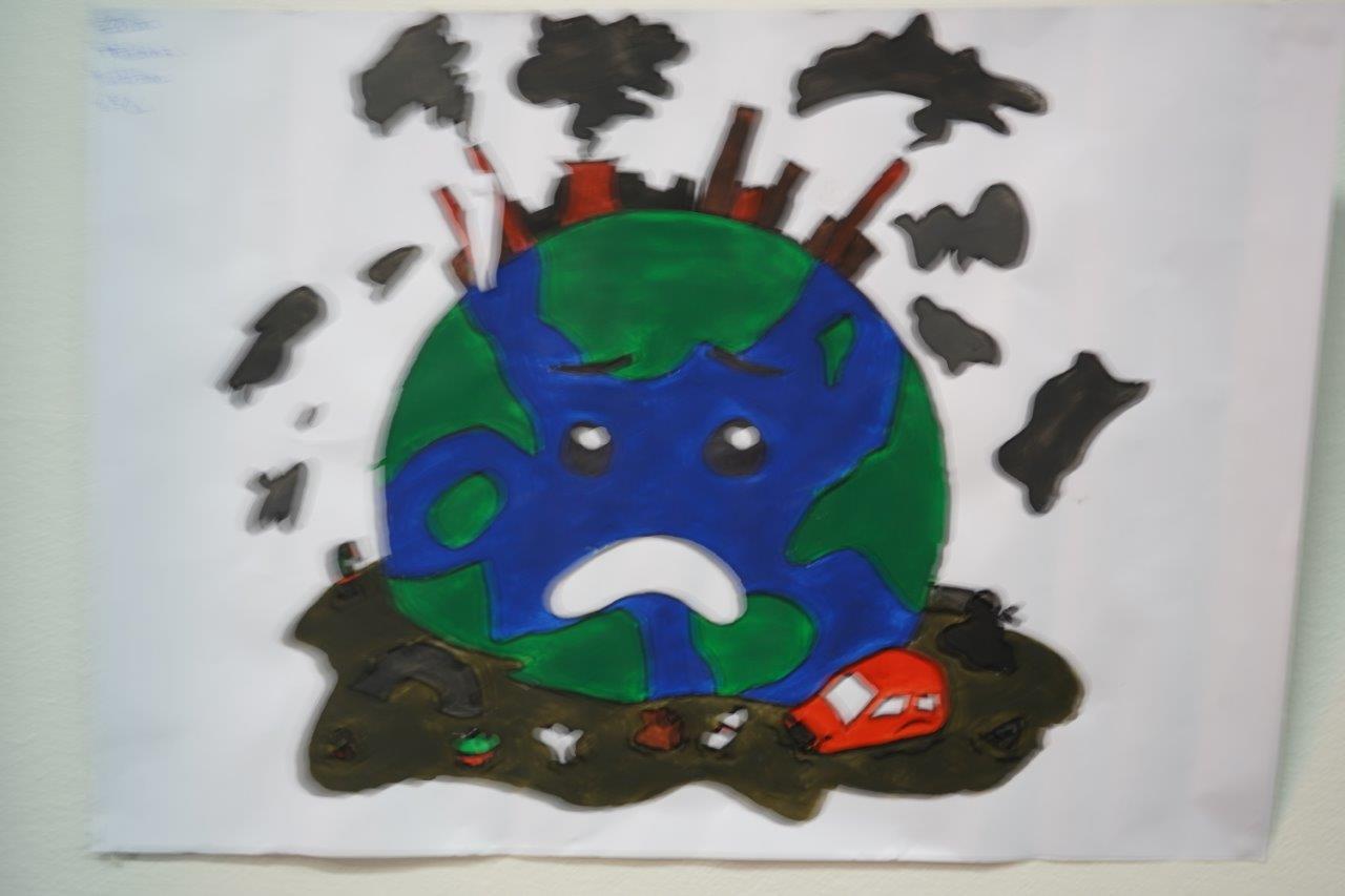 2019-exposition La representation de la Terre vue par les enfants (16)
