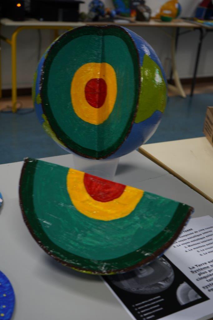 2019-exposition La representation de la Terre vue par les enfants (26)