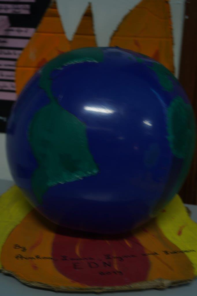 2019-exposition La representation de la Terre vue par les enfants (38)