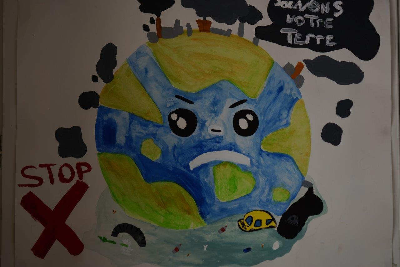 2019-exposition La representation de la Terre vue par les enfants (5)