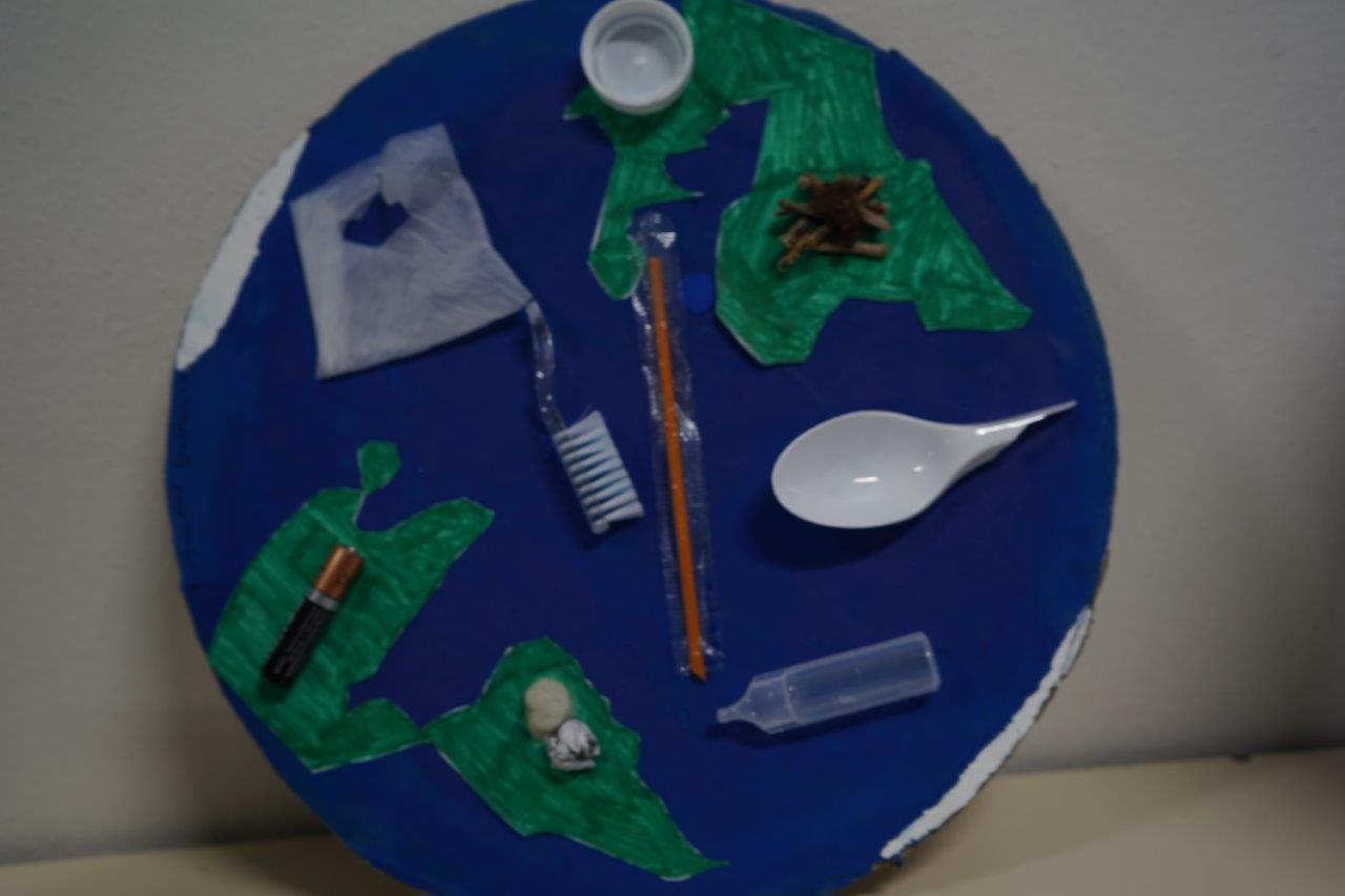 2019-exposition La representation de la Terre vue par les enfants (54)
