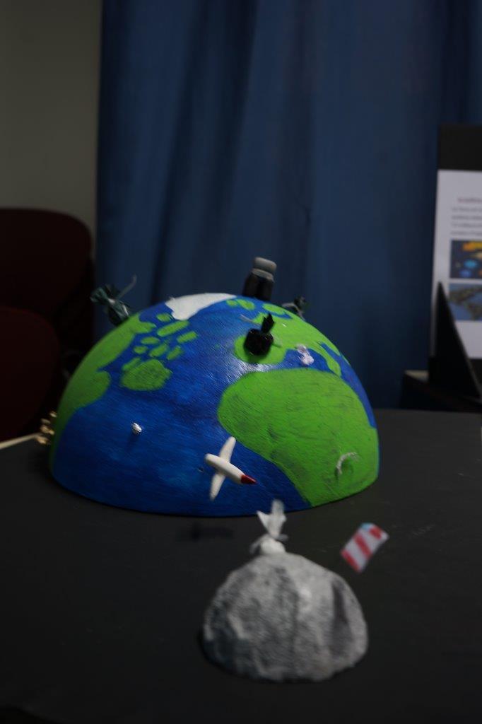 2019-exposition La representation de la Terre vue par les enfants (57)